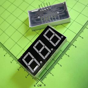 5361BS Цифровой индикатор, 3 сегментa, 0.56 дюйма/сегмент, общий катод, красный