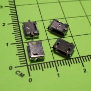 Micro USB-B (MC101)
