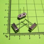 (Распродажа) Кварцевый резонатор 20 МГц, 32 пФ, 30ppm, усеченный HC-49US