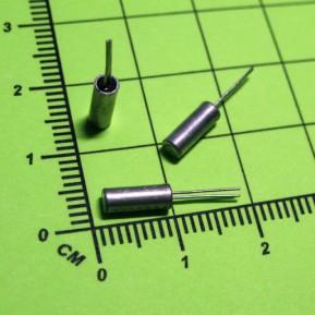 Часовой кварцевый резонатор 32.768 кГц, 12.5 пФ, 20ppm, dt38 (3x8 мм)